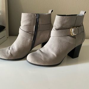 Cole Haan Grand Os Grey Boots size 8.5